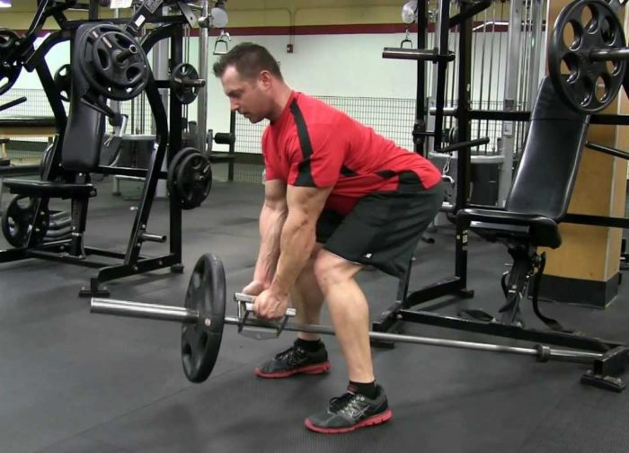 bent knee close grip rows